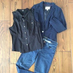 3/$15: Guess XL Sleeveless Button-up Blouse
